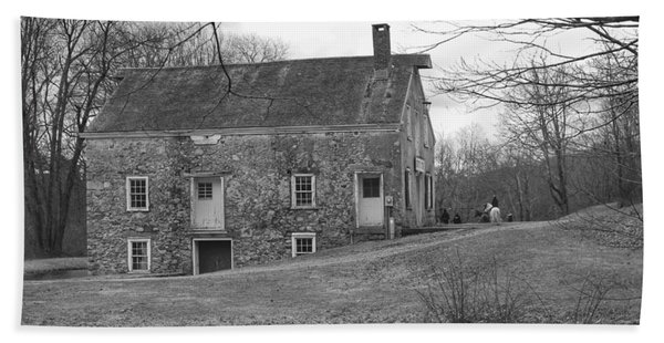 Smith's Store On The Hill - Waterloo Village Beach Sheet