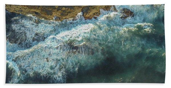 Longreef Waves Beach Towel