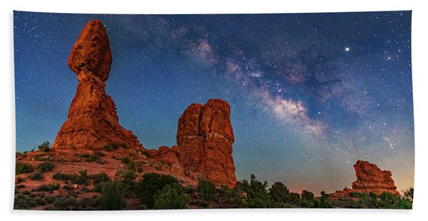 Milky Way Over Balanced Rock At Twilight Beach Towel