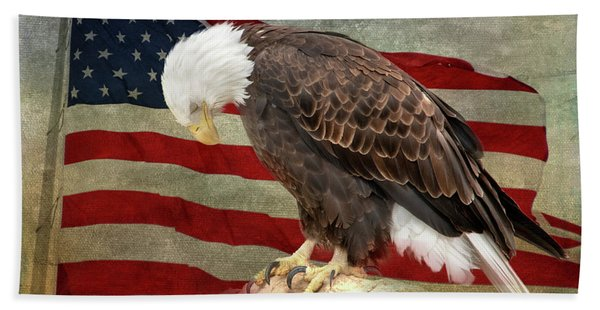 Pray For America Beach Towel