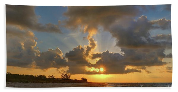 Sanibel Island Sunrays Beach Towel
