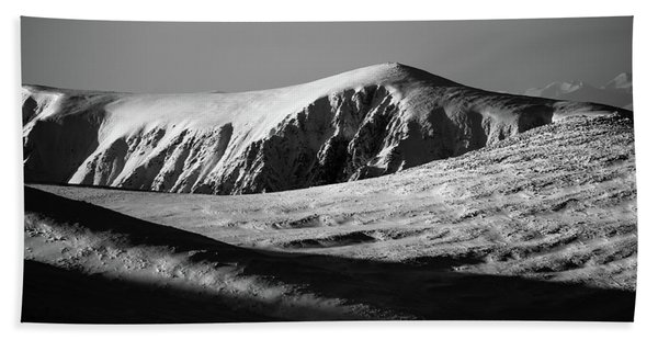 Snow On Cairngorm Beach Towel