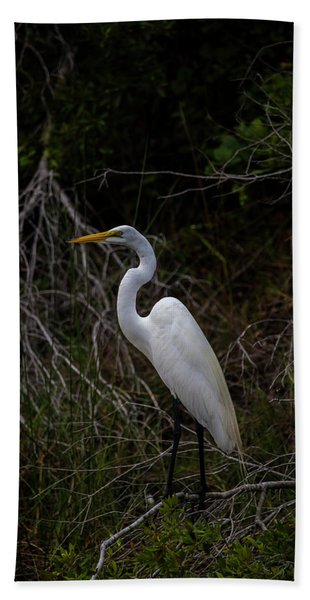 Great Egret On A Hot Summer Day Beach Towel