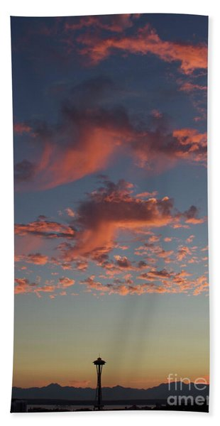 Space Needle And Pink Clouds Beach Towel