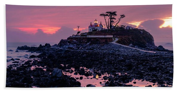 Sunset And Low Tide At Battery Point Beach Towel
