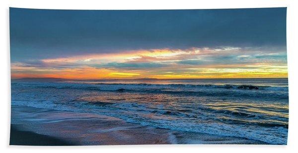 Sunset Fire Over Catalina Island 2 Beach Sheet
