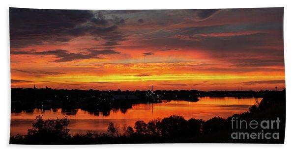 Sunset On Mainstee Lake Beach Sheet
