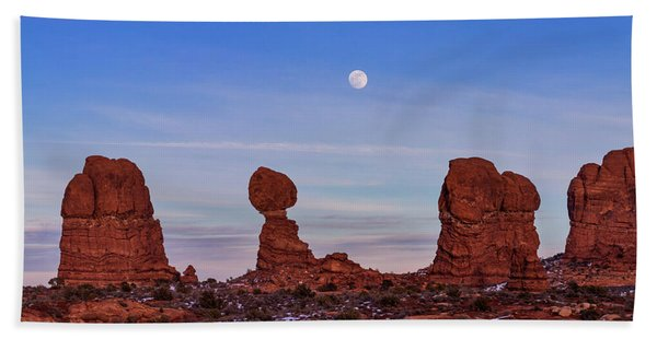 Super Moonrise At Balanced Rock Beach Towel