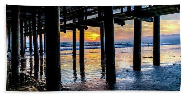 The Light Downunder Beach Sheet