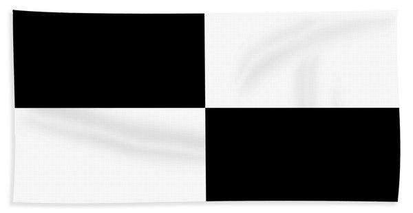 White And Black Squares - Ddh586 Beach Sheet