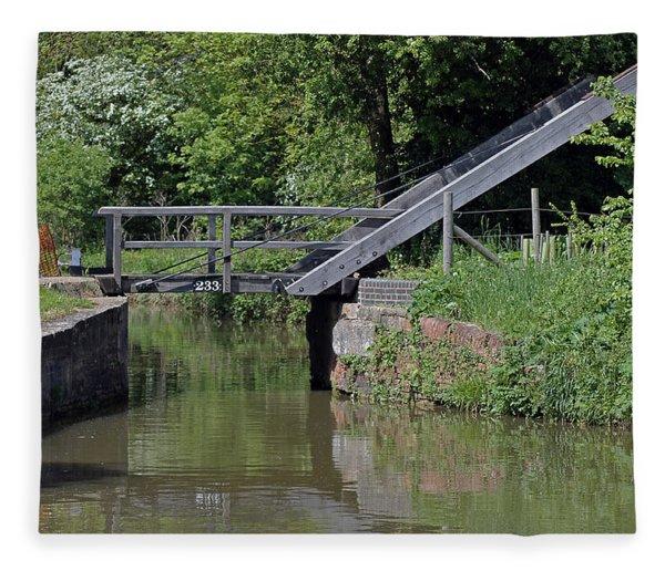 Bridge 233 Oxford Canal Fleece Blanket