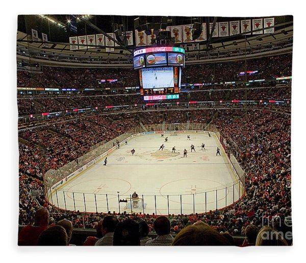 0616 The United Center - Chicago Fleece Blanket