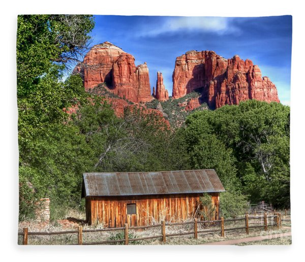 0682 Red Rock Crossing - Sedona Arizona Fleece Blanket