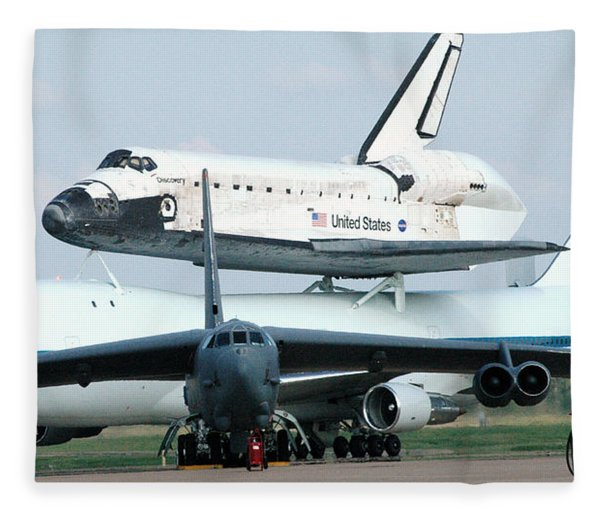 747 Transporting Discovery Space Shuttle Fleece Blanket
