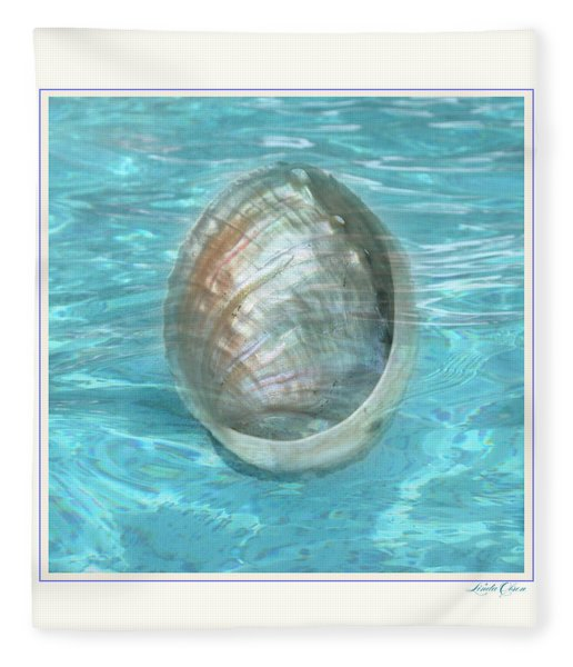 Abalone Underwater Fleece Blanket