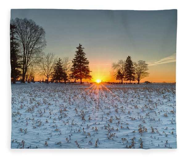 Fleece Blanket featuring the photograph At First Light by Garvin Hunter