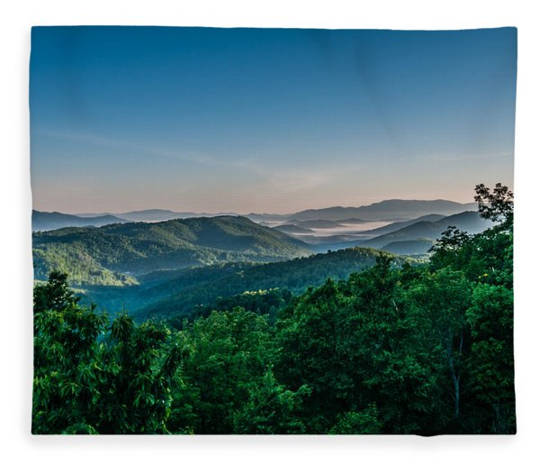 Fleece Blanket featuring the photograph Beautiful Scenery From Crowders Mountain In North Carolina by Alex Grichenko