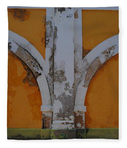 El Morro Deep Yellow Arch Fleece Blanket