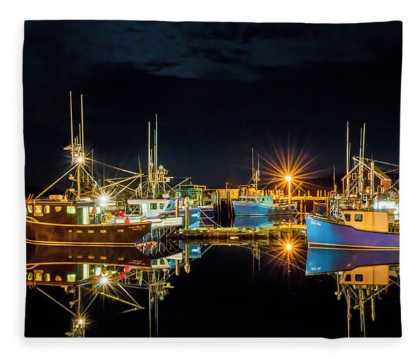 Fleece Blanket featuring the photograph Fishing Hamlet by Garvin Hunter