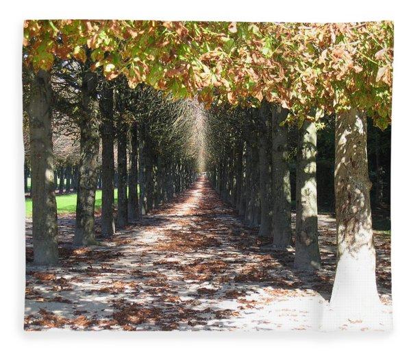 Fountainebleau - Under The Trees Fleece Blanket
