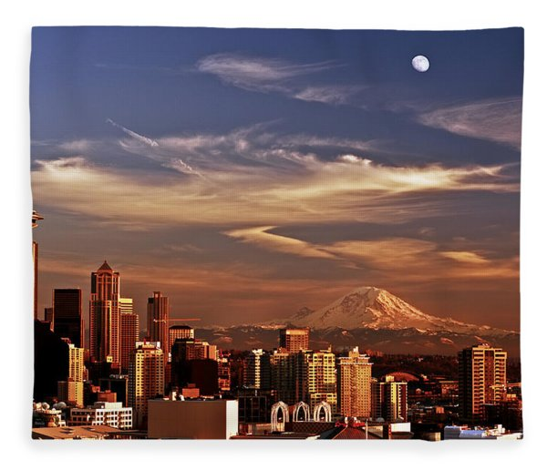 Golden Seattle Fleece Blanket