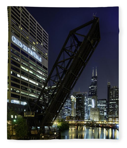 Kinzie Street Railroad Bridge At Night Fleece Blanket