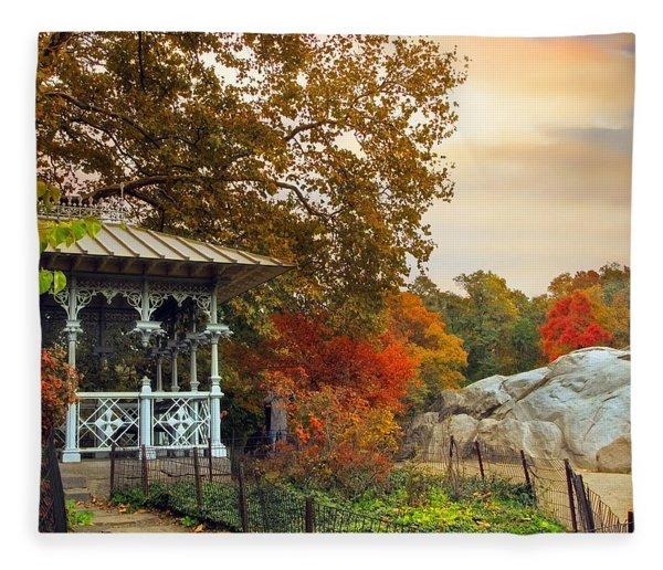 Ladies Pavilion In Autumn Fleece Blanket
