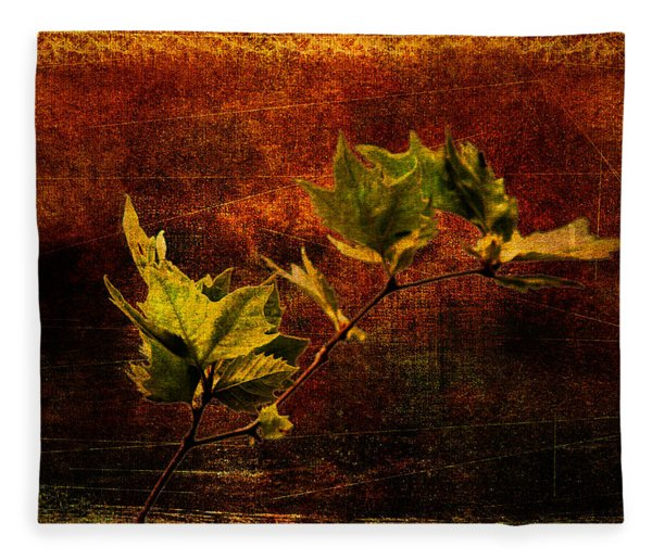 Leaves On Texture Fleece Blanket