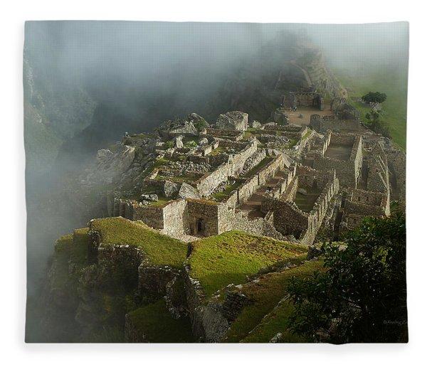 Machu Picchu Peru 2 Fleece Blanket