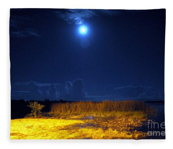 Moonrise Over Rochelle - Landscape Fleece Blanket