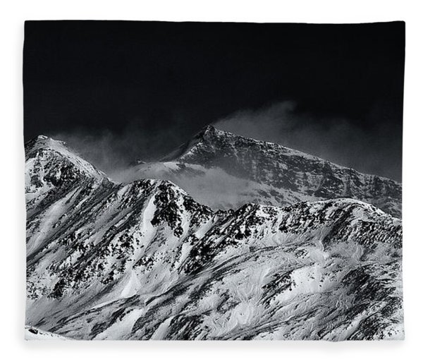 Mountainscape N. 5 Fleece Blanket