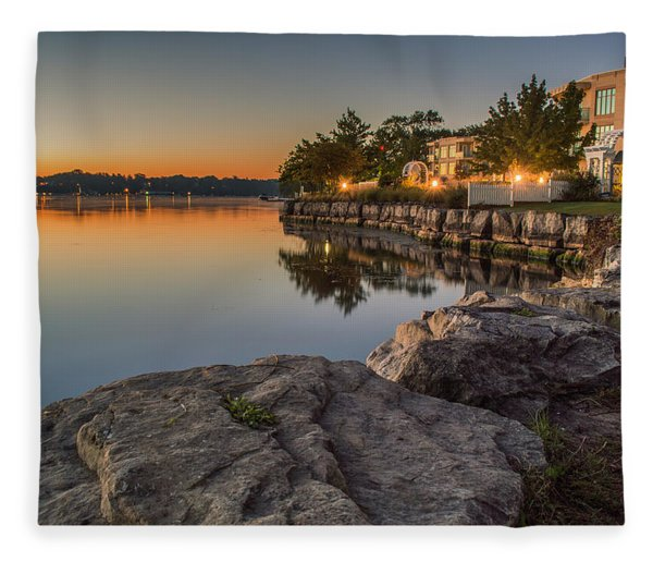 Fleece Blanket featuring the photograph Niagara On The Lake  by Garvin Hunter
