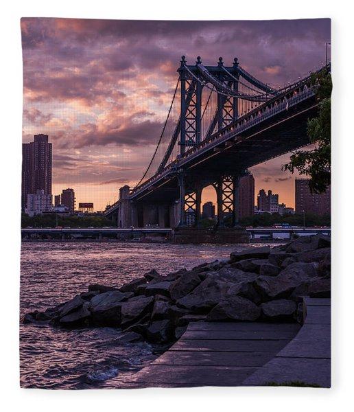 Nyc- Manhatten Bridge At Night Fleece Blanket