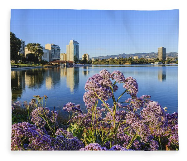 Oakland San Francisco Fleece Blanket