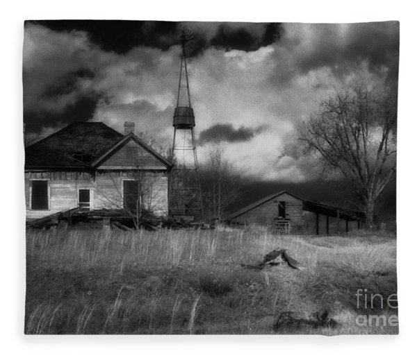Old Georgia Farm Fleece Blanket