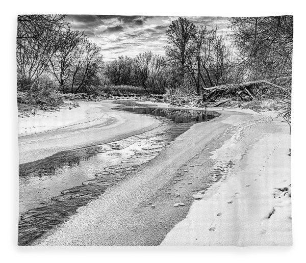 Fleece Blanket featuring the photograph On The Riverbank Bw by Garvin Hunter