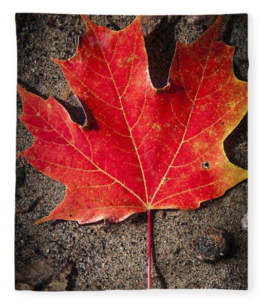 Red Maple Leaf In Water Fleece Blanket