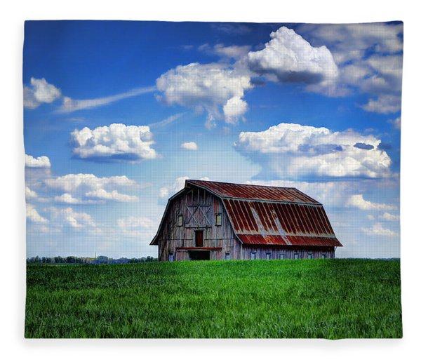Riverbottom Barn Against The Sky Fleece Blanket