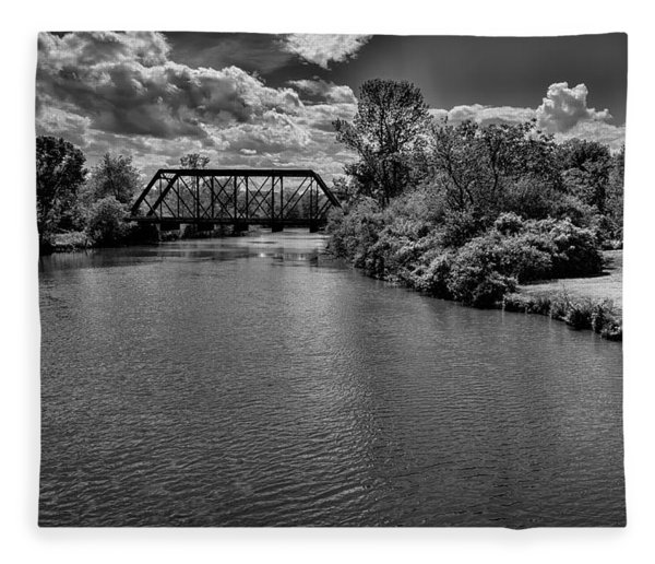 Royal River No.2 Fleece Blanket