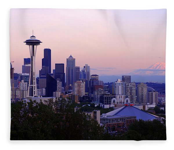 Seattle Dawning Fleece Blanket