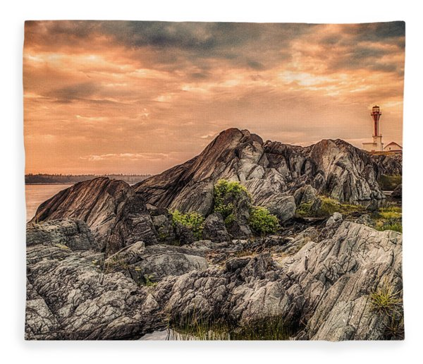 Fleece Blanket featuring the photograph The Calm Before The Storm by Garvin Hunter