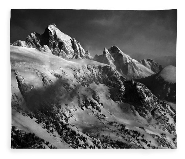 Fleece Blanket featuring the photograph The Gathering Storm by Raymond Salani III