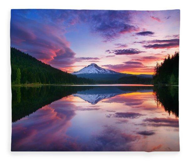Trillium Lake Sunrise Fleece Blanket
