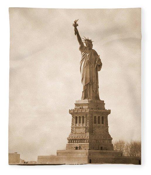 Vintage Statue Of Liberty Fleece Blanket