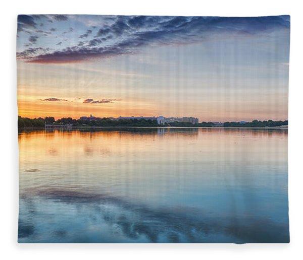 Washington Dc Panorama Fleece Blanket