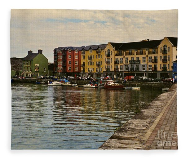 Waterford Waterfront Fleece Blanket