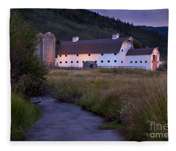 Fleece Blanket featuring the photograph White Barn by Brian Jannsen