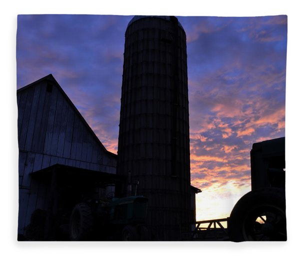 Barnyard Sunrise IIi Fleece Blanket