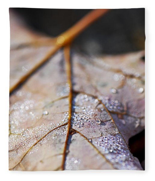 Dewy Leaf Fleece Blanket