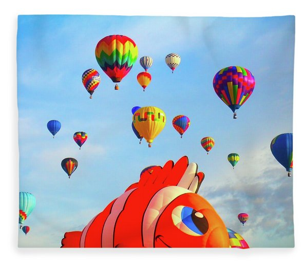 Nemo Blowing Bubbles Fleece Blanket